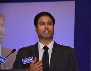 Nishant Rao addressing