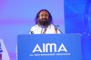 Sri Sri Ravishankar addressing AIMA's 45th National Management Convention.